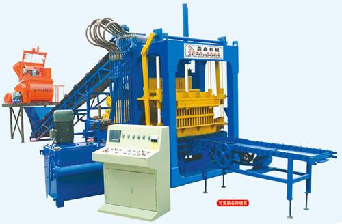 QT5-15型制砖机