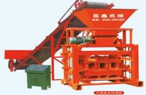 QTJ4-35B2型空心砖机